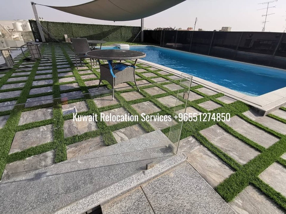 Modern 4 bedrooms duplex with shared pool overlooking the sea!