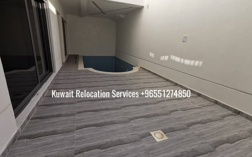 3 bedroom with private entrance and good size garden for 850 KWD on ground floor